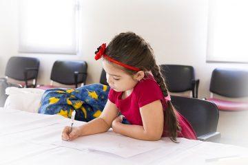 Lựa chọn ghế học sinh của Lương Sơn giúp con bạn có điều kiện học tốt nhất