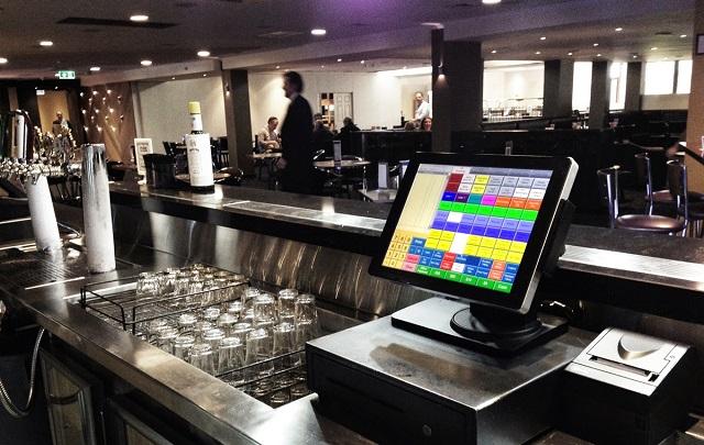 Máy in bill được sử dụng phổ biến ở các cửa hàng tiện lợi, cửa hàng cafe, quán ăn...